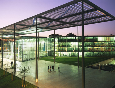 Unternehmenszentrale der Bayer AG
