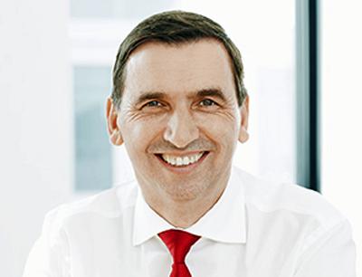 CEO Uwe Röhrhoff