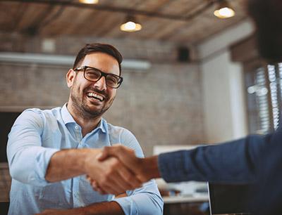 Der 4GIPP-Index schafft ein gesundes Arbeitsklima, das durch gute Zusammenarbeit die Effizienz steigert und Kosten durch weniger Arbeitskonflikte senkt