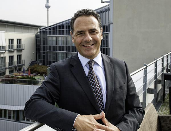 Jean-Luc Delay Takeda