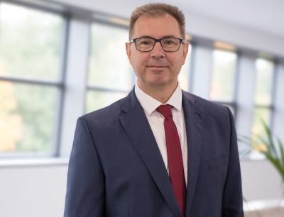 Stefan Krömer wurde zum neuen Geschäftsführer des Kölner Herstellers von Tablettenpressen ernannt