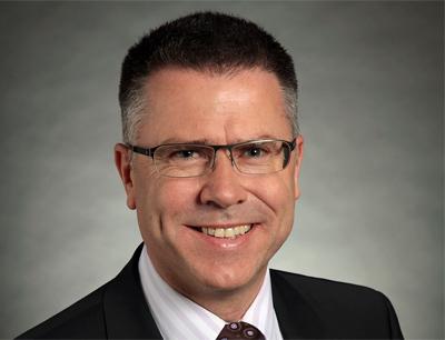 Dr. Hagen Pfundner