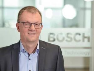 Uwe Harbauer ist Geschäftsführer der Robert Bosch Packaging Technology GmbH und Produktbereichsleiter Pharma