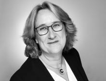 Anke Fischer übernimmt ab dem 1. September 2021 als CFO die gruppenweite Verantwortung für Finanzen bei Fette Compacting. Zudem wird sie die Bereiche HR und IT verantworten