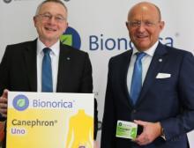 Bilanzpressekonferenz: Dr. Baumann (links) und Prof. Popp von Bionorica SE