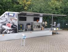 Unterwegs mit mobilem Messestand: Kennzeichnungs-Roadshow von Bluhm Systeme erfolgreich gestartet
