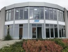 Haupteingang vom neuen Bürogebäude der Watson-Marlow GmbH in Rommerskirchen