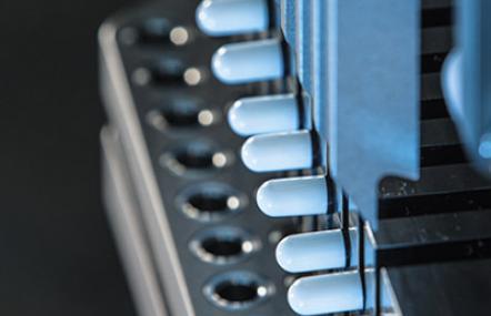 Fette Compacting Kapselfüllmaschine FEC20